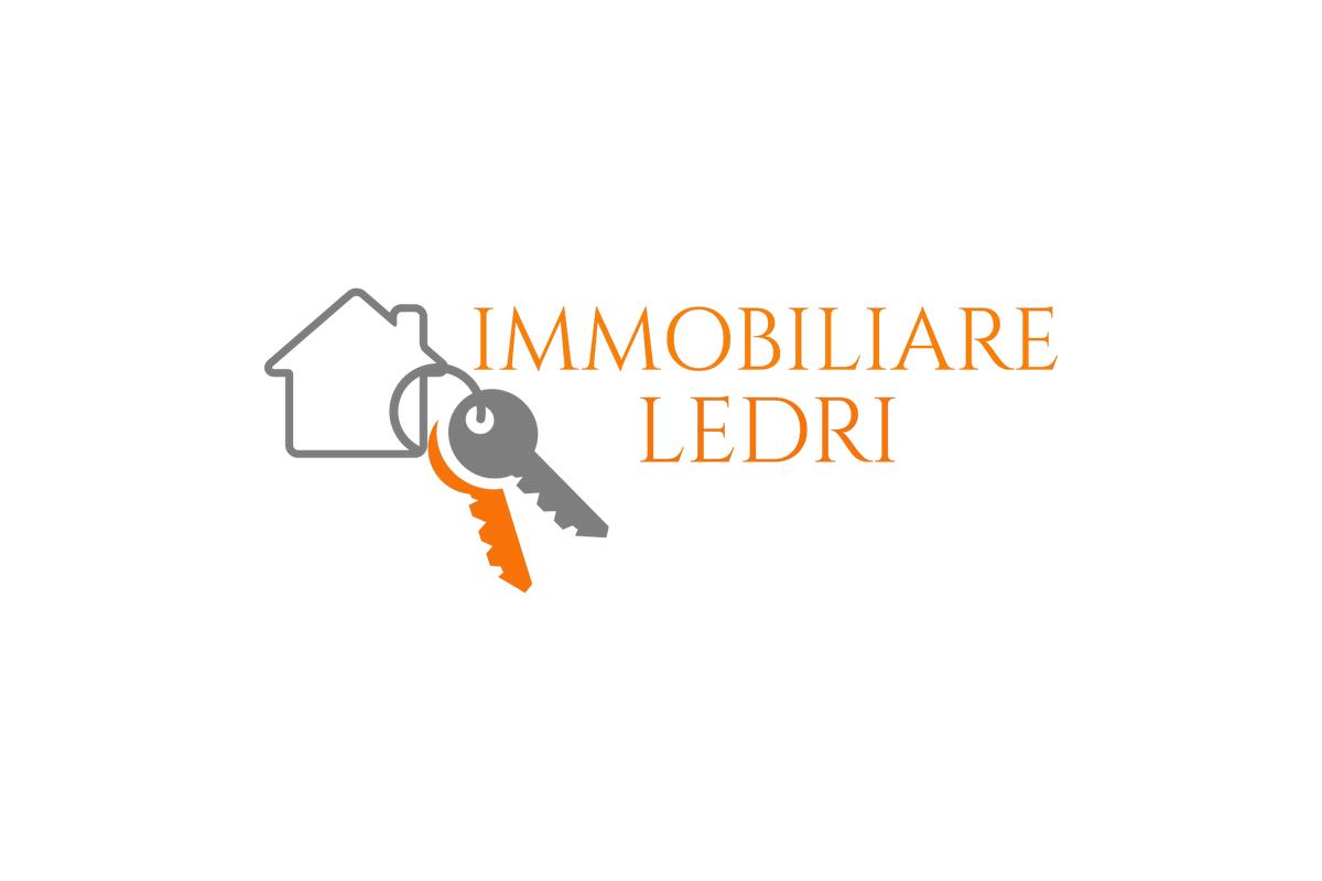 Terreno Commerciali in vendita